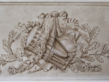 Bas relief grisaille